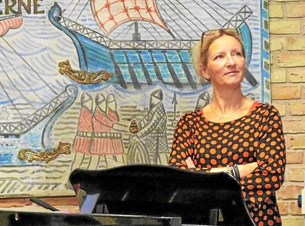 Charlotte Høybye Holst ved en tidligere lejlighed på Løkken skole. Foto: Arkivfoto