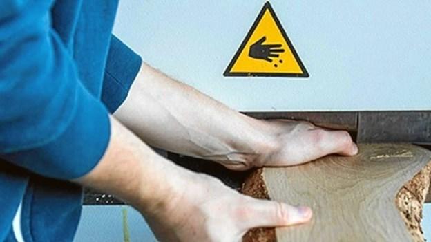 Næsten halvdelen af de danske håndværksvirksomheder står uden arbejdsskadeforsikring for ejeren, hvis det går galt på jobbet. Det kan få alvorlige konsekvenser for ejeren og ikke mindst hans familie, påpeger GF Forsikring.
