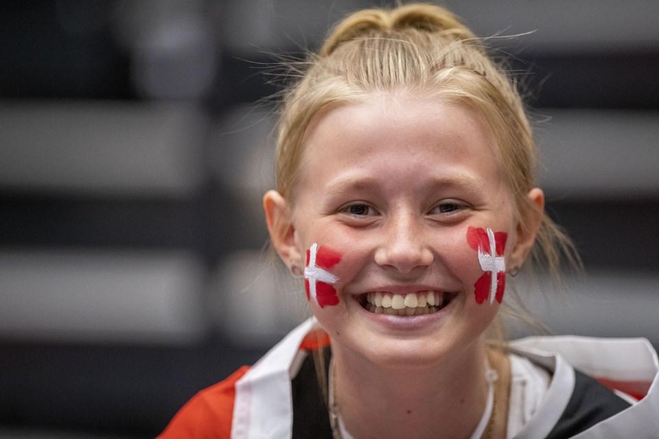 Håndboldlandskamp, Danmark-Færøerne, i Gigantium. Foto Lars Pauli