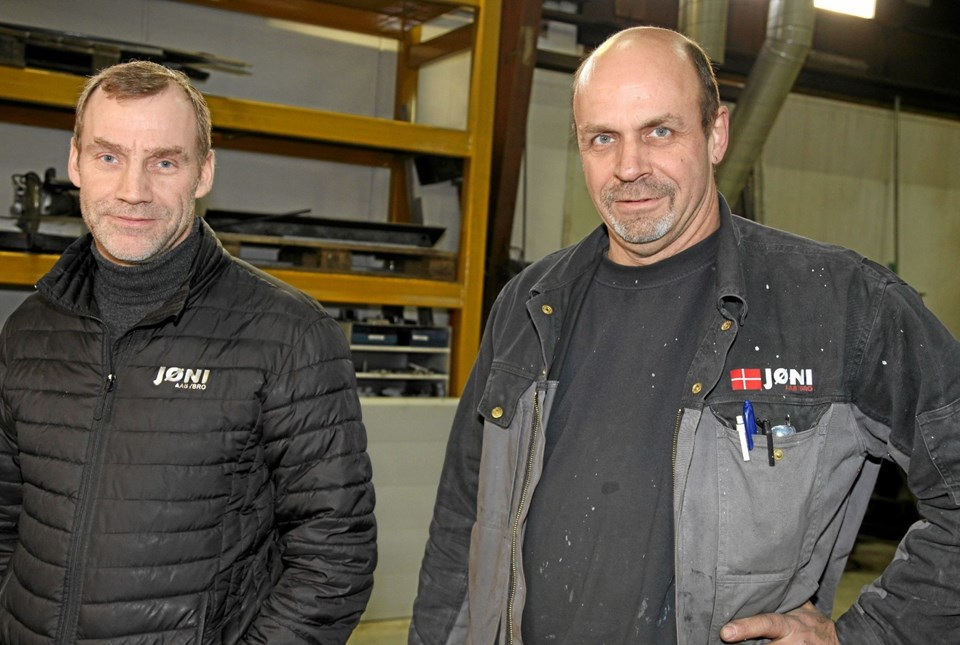Jan Nyrup Jensen og Jan Villadsen kan godt lide de spændende udfordringer hos deres virksomhed Jøni Aabybro. Flemming Dahl Jensen