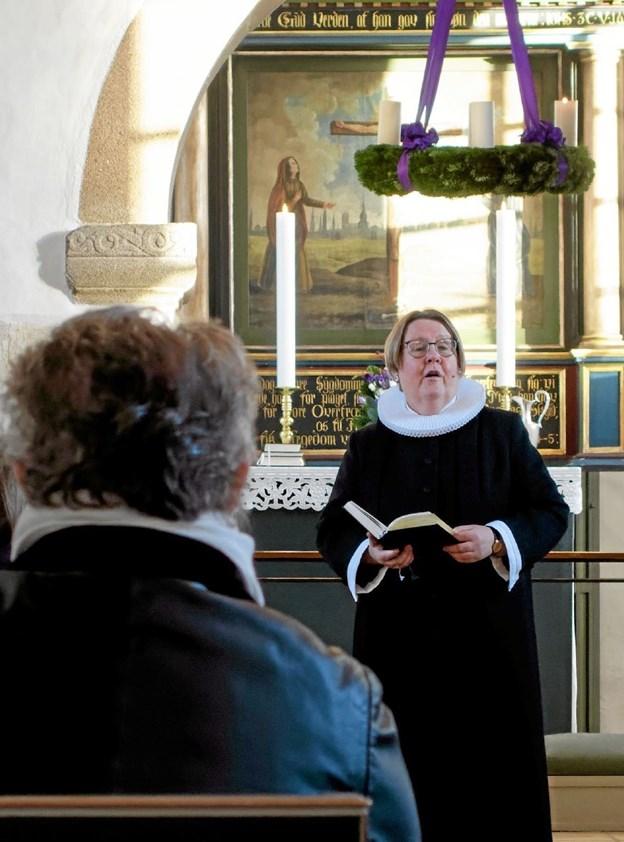 """Sognepræst Lise Munk Petersen prædikede over emnet """"Det er advent"""". Foto: Niels Helver Niels Helver"""