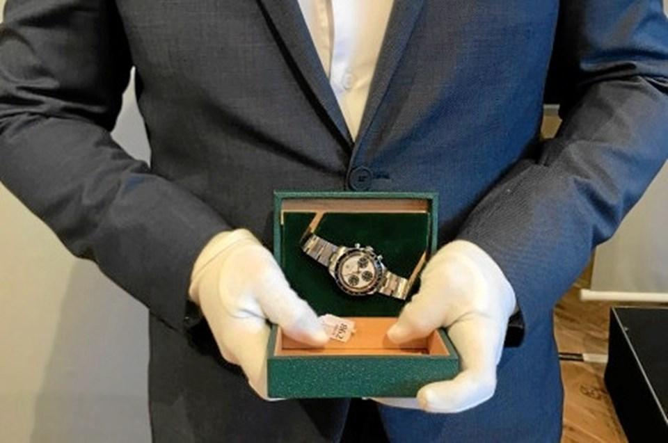 61634535fb2 Det fornemme Rolex-ur blev solgt på auktion for svimlende 1,7 mio. kr. Det  er ny rekord i Danmark. Foto: Bruun Rasmussen