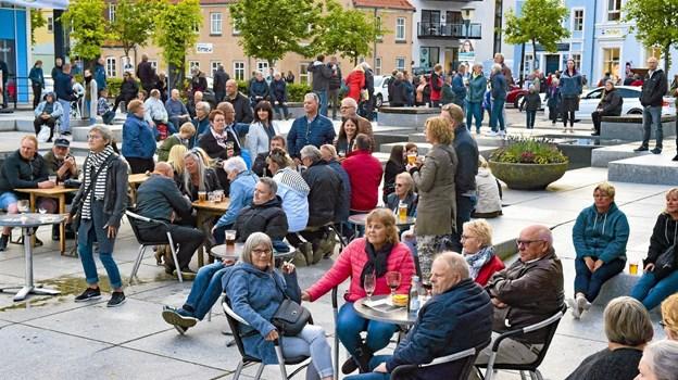 Stemningen var også i top på Havnetorvet. Foto: Ole Iversen Ole Iversen