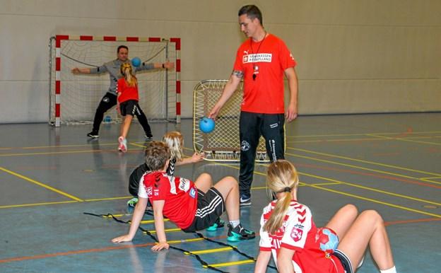 Aktiviteterne var delt på to spillesteder, hvor forskelligt blev indøvet. Foto: Mogens Lynge Mogens Lynge