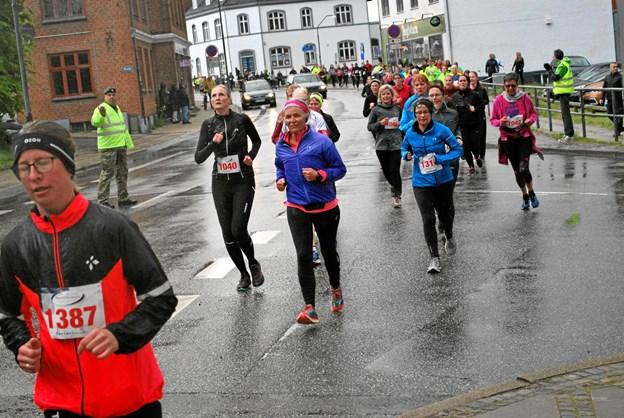 Deltagerne kom langvejs fra for at løbe kvindeløb i Hadsund. Privatfoto