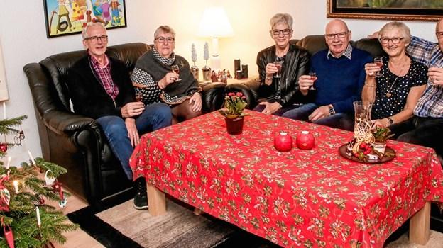 Nytårsjubilarerne fra venstre: Louis og Karen Kaae Lauritsen, Karen Marie og Arne Hjortholm Jensen samt Bente og Erik Toft Christensen.