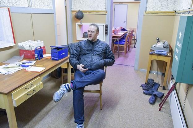 Jakob Skytte i signalrummet. Sammen med sin kone Pia Larsen og sønnen Jakob Emil, åbner han til sommer Escape Skagen. I den gamle bunker på Trindelvej skal der laves to spil med masser af gåder, der skal løses for at vinde spillet.
