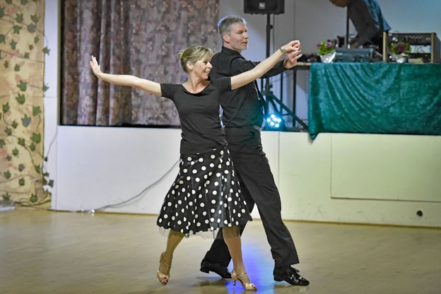 De øvede voksne er nået langt med dansen. Foto: Ole Iversen Ole Iversen