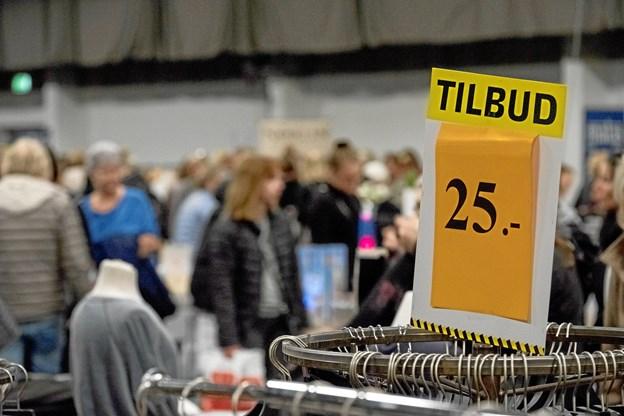 Der skulle nok være mulighed for at gøre en god handel på årets Outletmesse i Aars, forlyder dét. Privatfoto