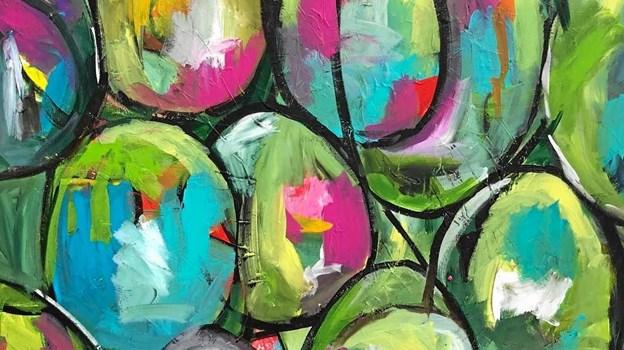 Marianne Helstrup maler naturmotiver - i håb om at de kan inspirere beskueren til at passe bedre på naturen. ?Privatfoto