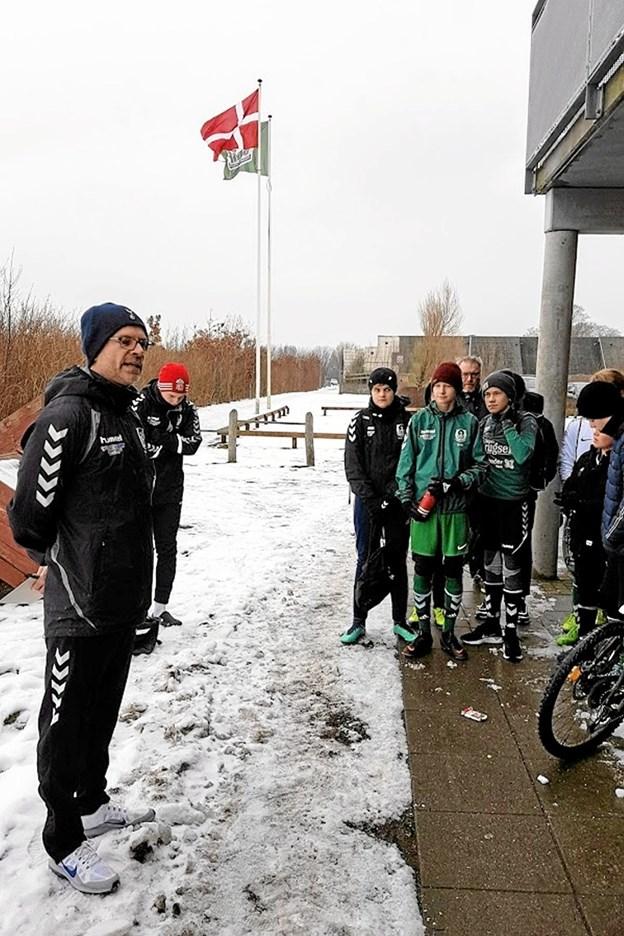 Flagene var hejst da Troels Grøn bød velkommen til sæson 2019 Foto: Karl Erik Hansen