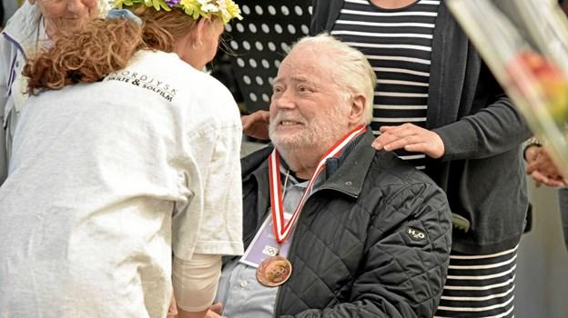 Man bliver aldrig for gammel til at modtage og glæde sig over hæder og æresbevisninger. Foto: Niels Helver Niels Helver