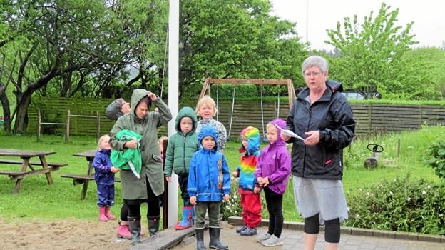 Susanne Larsen holdt tale ved flaghejsningen. Foto: Kirsten Olsen
