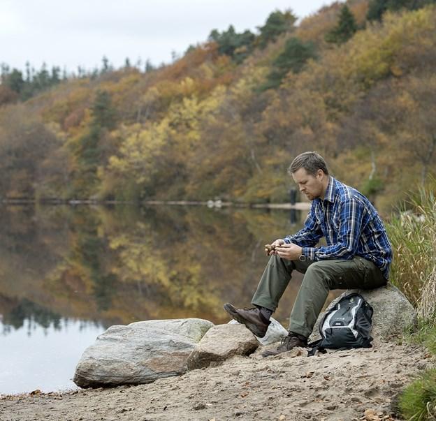 Morten Brynildsen er Rebild-guide og nærmest vokset op i Rold Skov. Han vil gerne slå et slag for, at man skal prøve at fare vild i skoven og dermed få en større naturoplevelse.? Arkivfoto: Lars Pauli