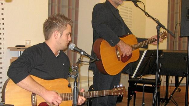 """Festtalen holdes af biskop Henning Toft Bro, som også tidligere har været i kirkehøjskolen - både som en del af bandet """"Tørfisk"""" og senere som biskop i Aalborg Stift. Privatfoto."""