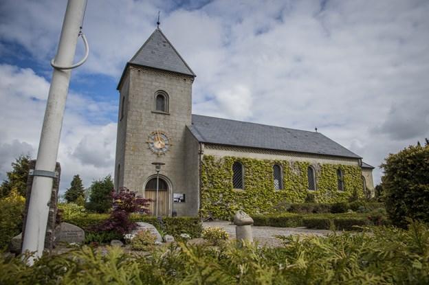 Der skal bygges velfærds- og forsamlingslokale samt nyt kapel til Langeslund Kirke. Arkivfoto: Martin Damgård