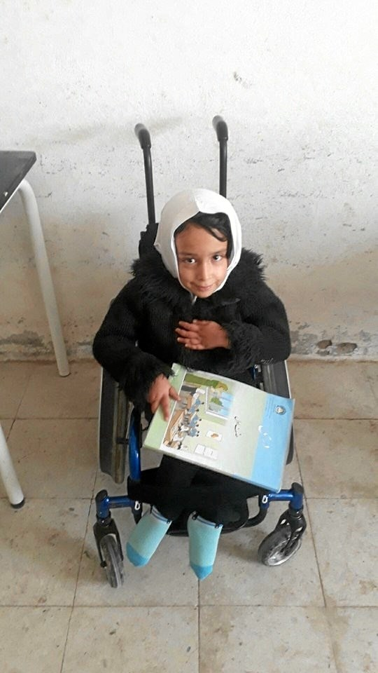 Dansk Afghansk Humanitær Forening har også kunne hjælpe med hospitalsudstyr til pigerne på skolen i Afghanistan. Privatfoto.