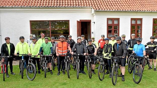 Som indledning til indvielsen af den nye terrasse blev MTB-klubbens medlemmer sendt afsted på en 11 km lang rute i området omkring Lørslev og Ilbro. Foto: Niels Helver
