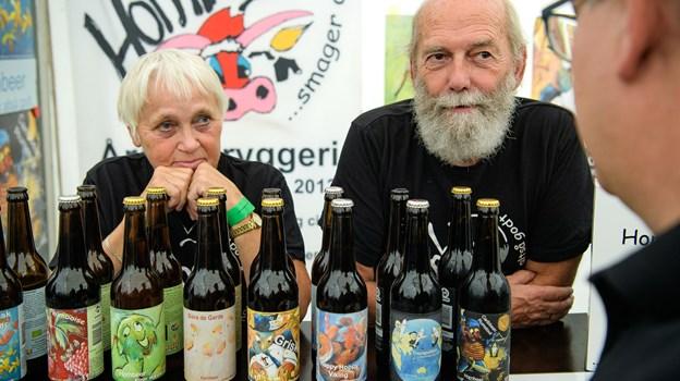 Gitta og Erik Gnudtzmann havde taget turen fra Kirke Hyllinge på Sjælland, hvor de bød på smagsprøver på produkter fra Hornbeer.