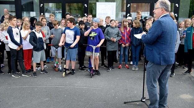 Borgmester Mogens Chr. Gade (V) indviede officielt den nye aktivitetsplads foran DGI-huset. © Lars Pauli
