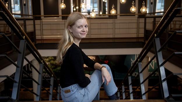 Amanda Haar har regelmæssigt besøgt teatret siden hun flyttede til byen for et par år siden. Foto Lars Pauli