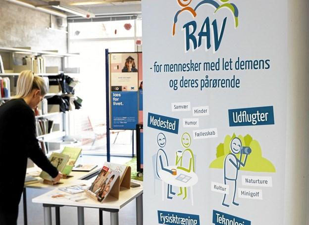 RAV giver råd og vejledning om demens hver tirsdag i maj måned på Frederikshavn Bibliotek Foto: Frederikshavn Bibliotek