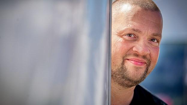 Martin Christensen er en ægte ildsjæl. Han er udover sit faste job både en del af Nibe Festival, hvor han er teamleder, og så er han formand for Aalborg Pride, som finder sted på lørdag 13. juli.