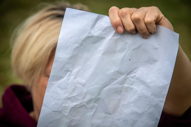 Pointsammentællingen blev lige kontrolleret en ekstra gang af klasselærer Louise Ørbæk Jørns Andreasen inden de blev afleveret. Martin Damgård
