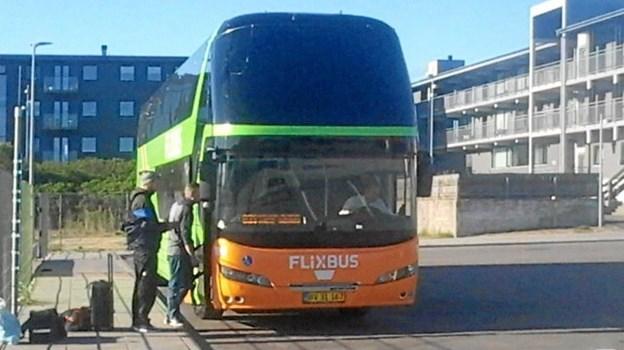 Der var fra starten fredag morgen god plads i bussen, som dog fyldes op undervejs ned gennem Jylland.    Privatfoto