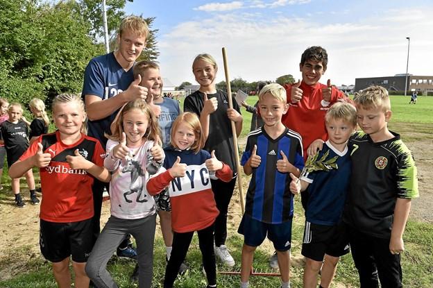 Unødvendig at spørge om hvad de synes om fælles idrætsdag med de andre skoler. Foto: Ole Iversen