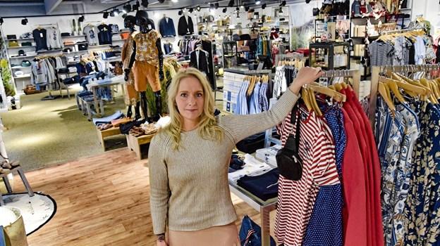 Ida Seerup er glad for resultatet af flytningen og at Samilla er blevet en større butik med mange flere lækre varer. Ole Iversen