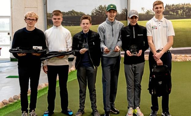 De seks finalister i Junior Sim Cup 2018/2019, der blev afviklet på Volstrup Golfcenters indendørs simulatorer. Privatfoto