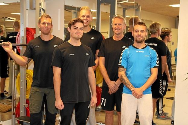 Nogle af de frivillige instruktører er klar til en travl sæson - Patrick Aaen Jensen, Oliver Kirstein, Christian Brøndum, Anders Schade og Peter Nielsen.
