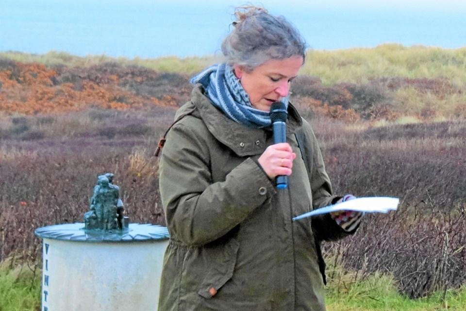 Lise Nedergaard holdt solhvervstalen. Foto: Kirsten Olsen