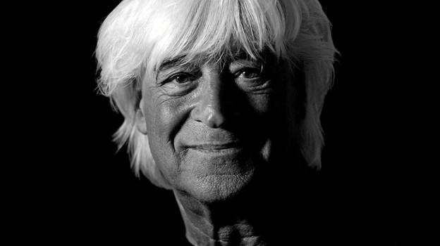 Gennem snart 40 år har den kendte musiker, Billy Cross, optrådt. Fredag 14. juni spiller han i Dronninglund. Foto: PR-foto