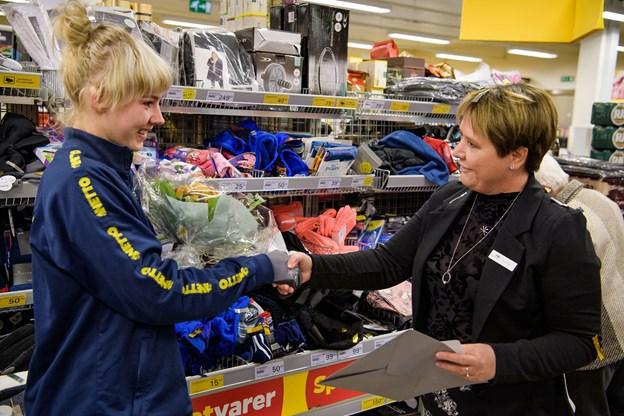 Der var blomster fra formanden for HK Handel i Nordjylland, Kate Ziegler.