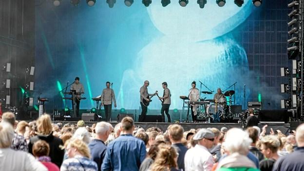 Nephew fik en stormende velkomst, da de gik på scenen, og med deres intensive rock. Foto: Peter Jørgensen Peter Jørgensen