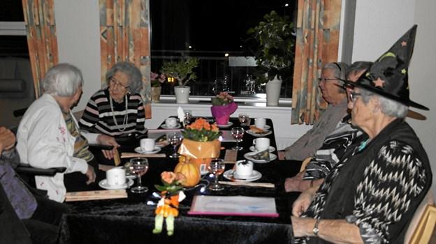 Halloween-traditionen har nu også vundet indpas på Ældrecenter Solvang i Aars, som det vist tydeligt fremgår af dette foto. Privatfoto