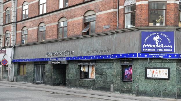 Den ikoniske Maxim Bar er fortid, og det, som du ser her på billedet, er nu historieskrivning. Det er nemlig definitivt slut med nøgne kvinder og striptease i lokalerne. Foto: Claus Søndberg
