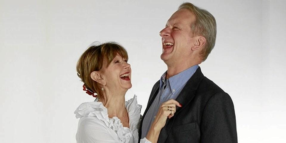 Sonja Oppenhagen og Henrik Kofoed som Kirsten og Kurt kommer til Ålbæk 7. april. PR-foto
