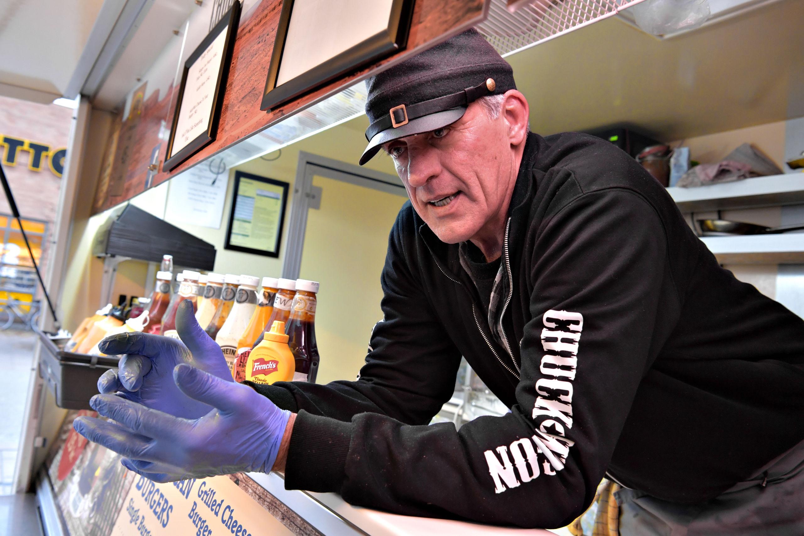 Oprindeligt var Mark Birschbach kok på et skib, men hans hobby med foodtrucken blev i stedet hans levebrød. Foto: Claus Søndberg