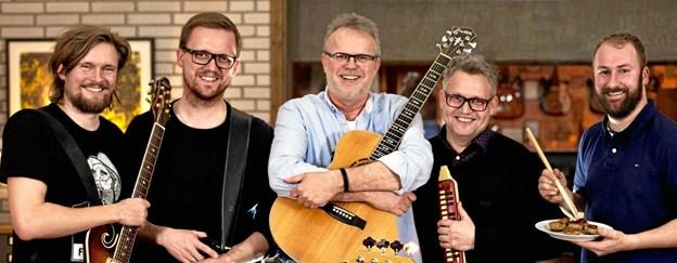 Ib Grønbech og ContainerKvartetten gæster Brovst Musikforsyning og det bliver med garanti en aften med gode sange og gode grin. Arkivfoto