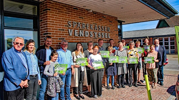 2019 modtagerne af penge fra Hvidbjerg-Ørum Sparekasses velgørende fond. Foto: Hans B. Henriksen