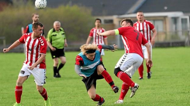 Det blev en tæt affære mellem de to rivaler. Foto: Allan Mortensen Allan Mortensen