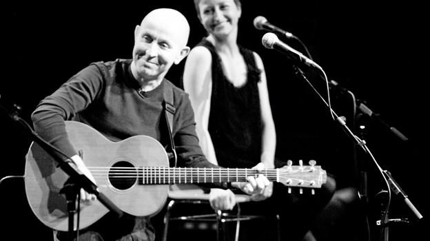 Kieran Goss og Annie Kinsella - giver fredag 22. februar koncert i Kulturhuset i Arden. PR-foto