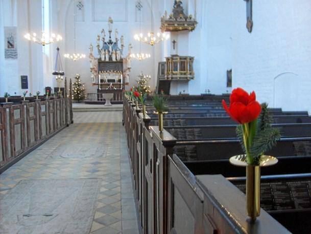 Klosterkor synger julen ind