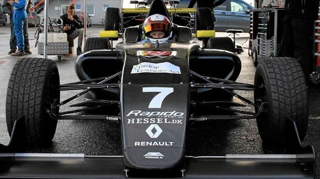 15-årige racerkører Malthe Jakobsen kan ses i portræt udsendelse i TV. Privatfoto