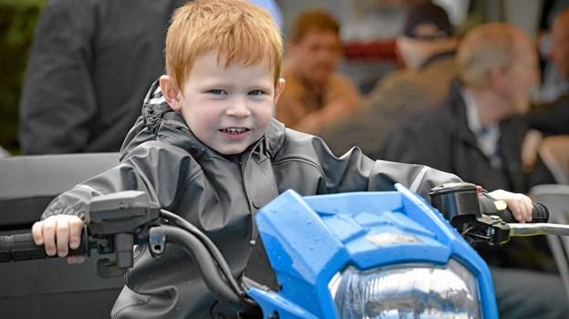 Hos J.Hundahl kunne man jo drømme sig stor og håbe at man en dag selv kunne køre en tur 4WD crosseren. Foto: Ole Iversen Ole Iversen
