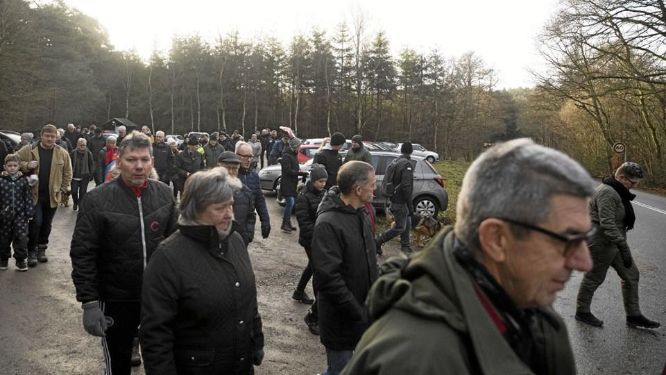Der var god tilslutning til vandreturen i Aslundskoven. Foto: Allan Mortensen