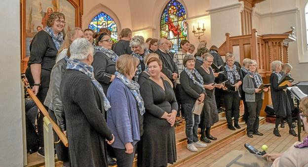 Sognekoret havde også et indslag i onsdagens forårskoncert. Foto: Mogens Lynge Mogens Lynge